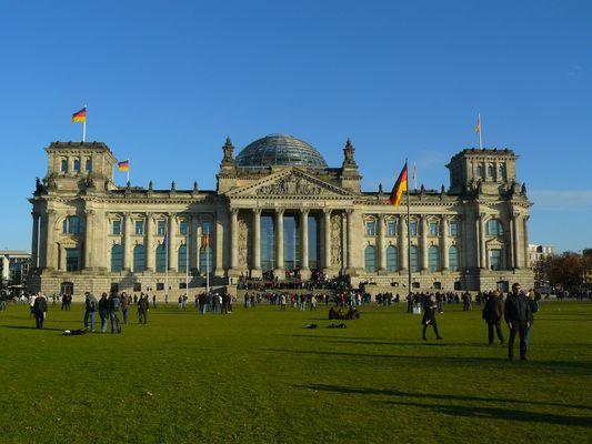 immer Betrieb am Reichstag