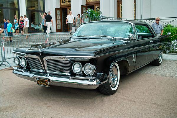 Imperial, einige Jahrzehnte die Luxusmarke des Chrysler Konzerns