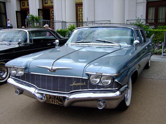Imperial... war für einige Jahrzehnte die Luxus Division des Chrysler Konzerns...