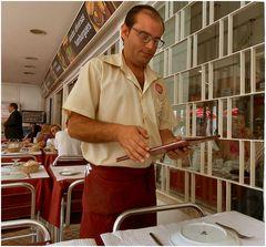 Impiegato di ristorante ...vado mangiare:-)))