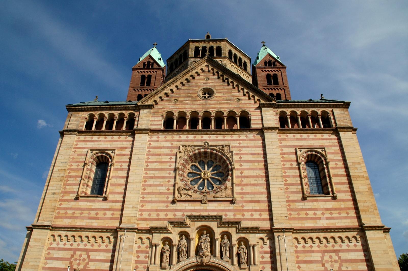 Imposanter Dom zu Speyer