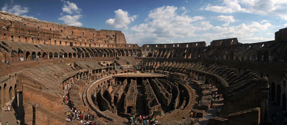 in amphitheatrum flavium (in colosseum)