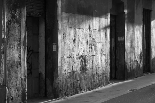 In Barcelona (4) : doors in the old quarter..