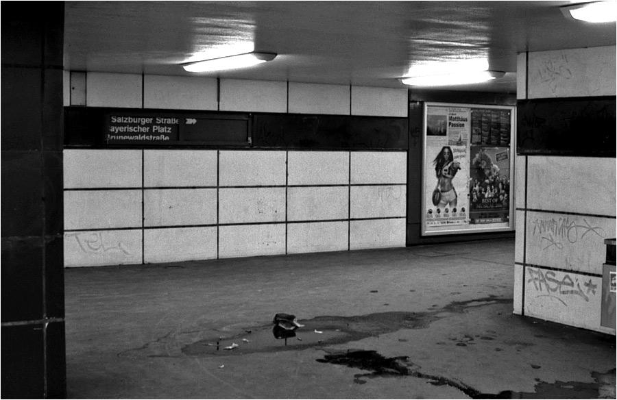 In Berlin freut man sich auf's U-Bahn fahren!