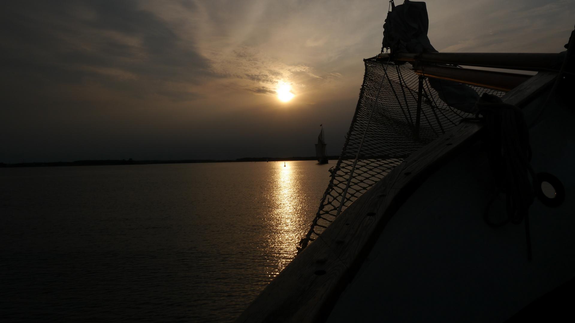 In den Abend segeln