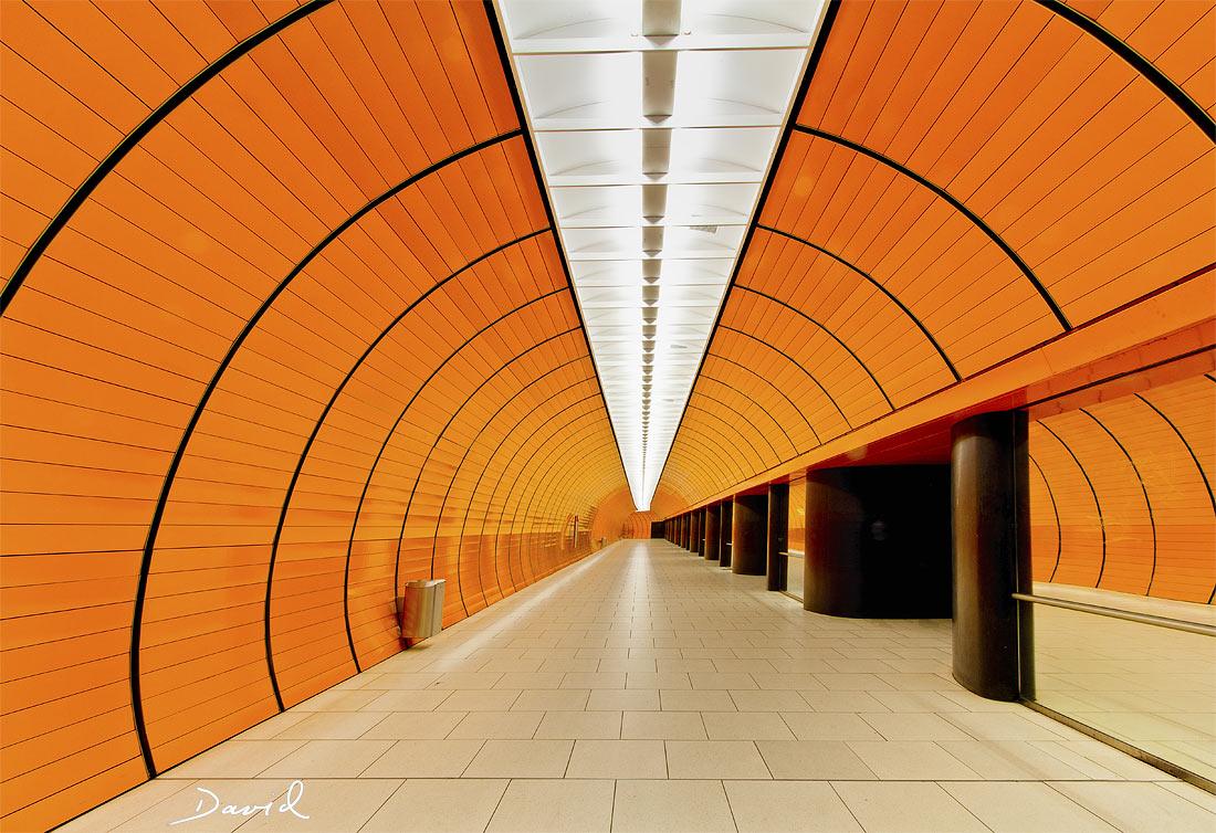 In den Eingeweiden Münchens: U-Bahnhof Marienplatz