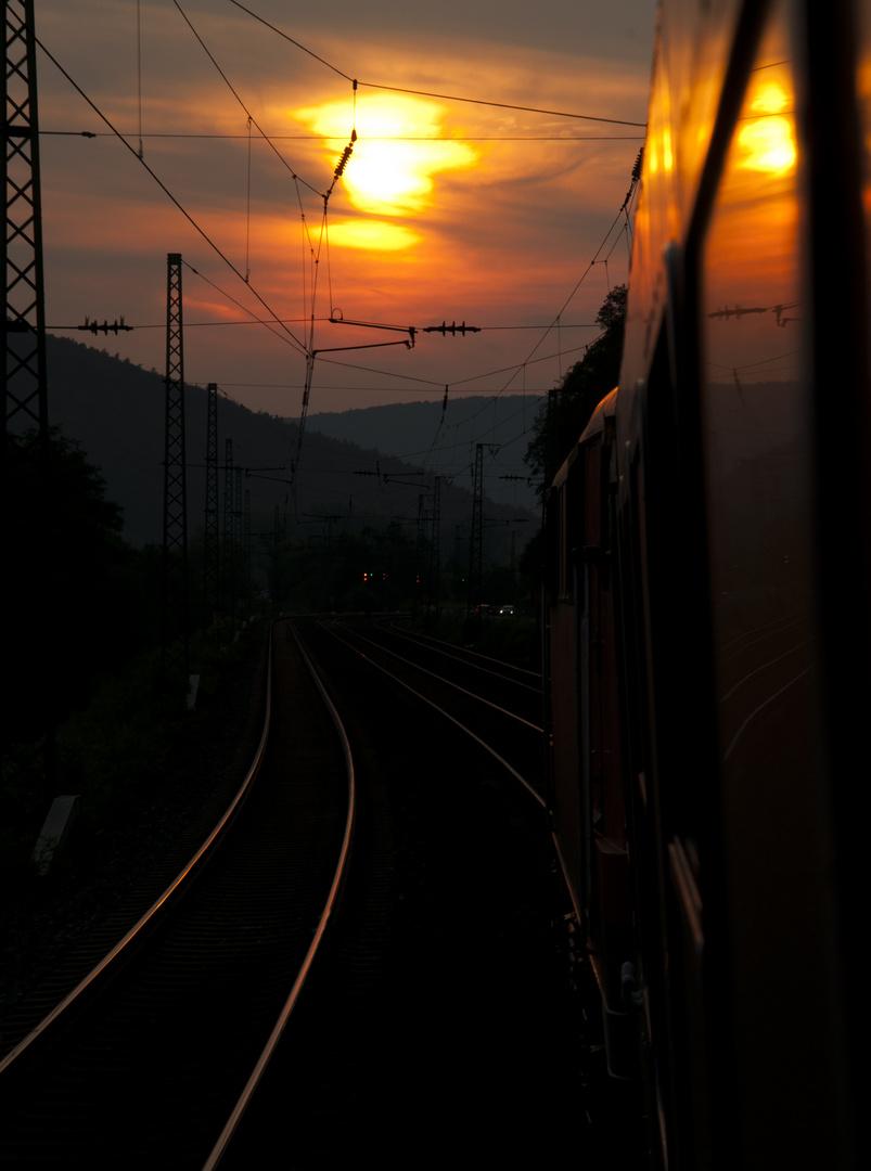 In den Sonnenuntergang...