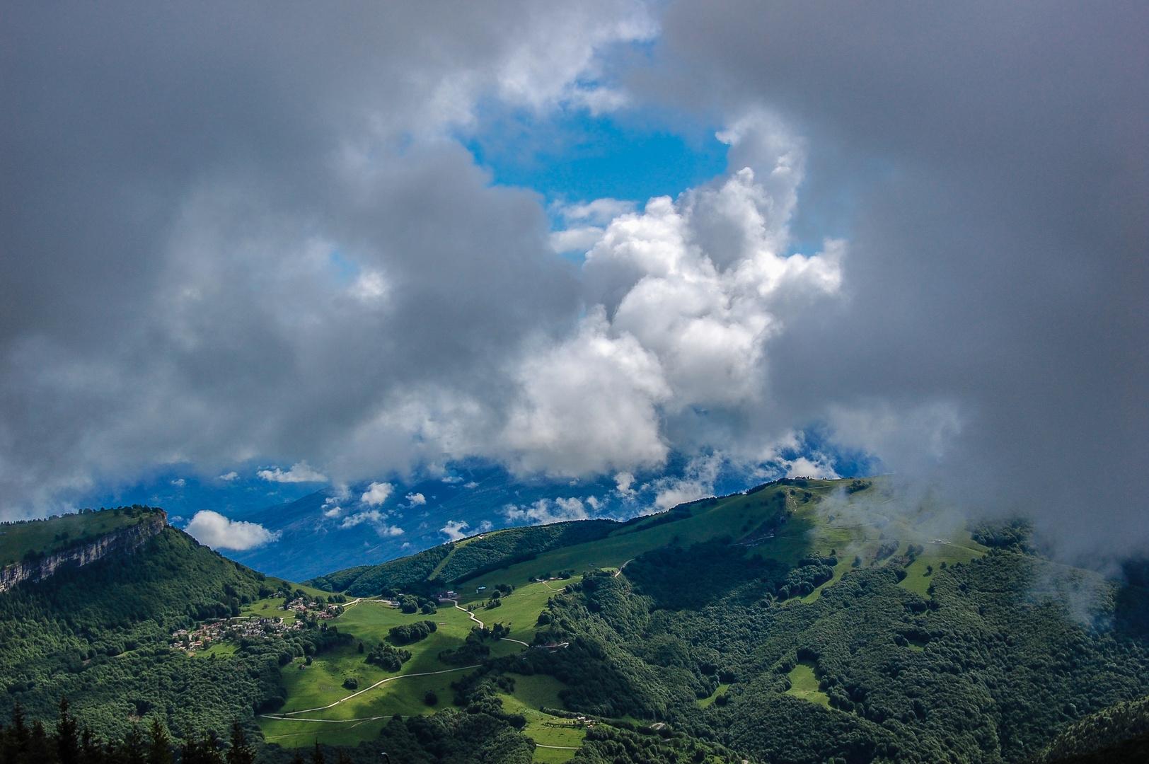 In den Wolken II