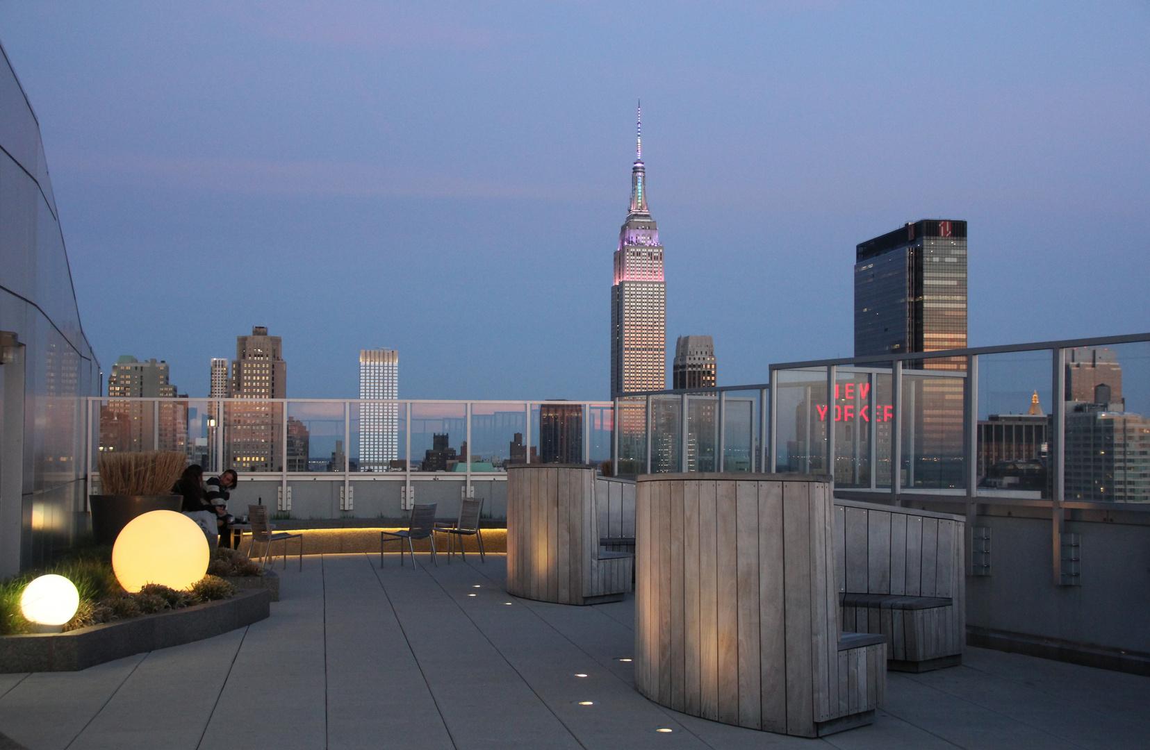 In der Abenddämmerung II mit Blick auf das Empire State Building