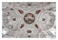 ~ in der basilika ~