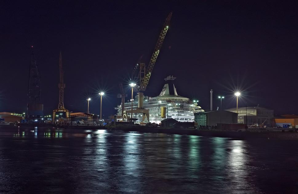 ...in der Nacht im Hafen (1)