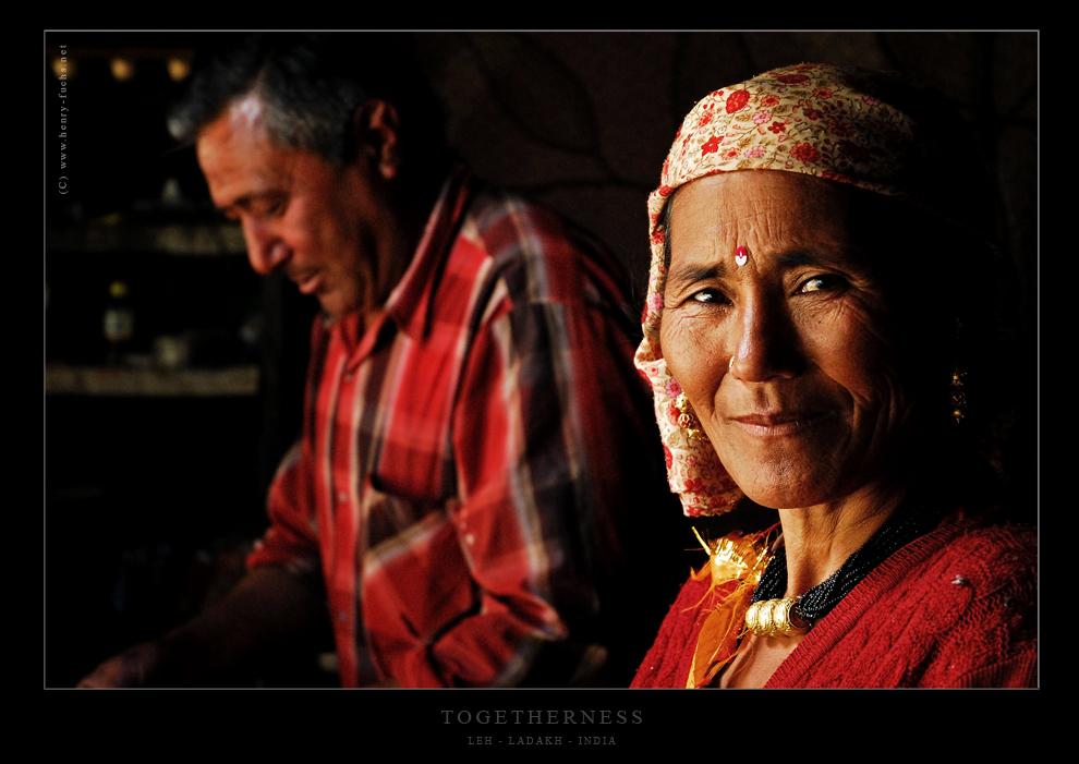 In der Stube eines Ehepaares in der Hauptstadt von Ladakh...