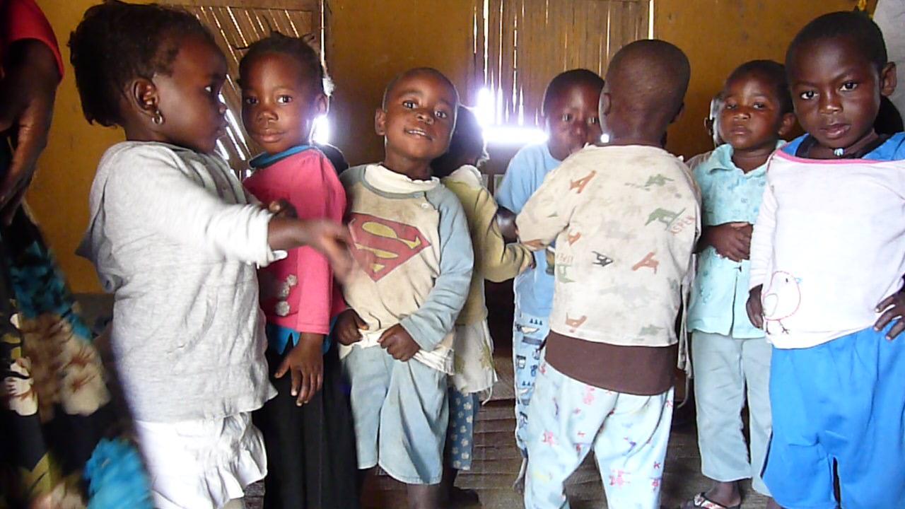 In einem Kindergarten am Malawisee