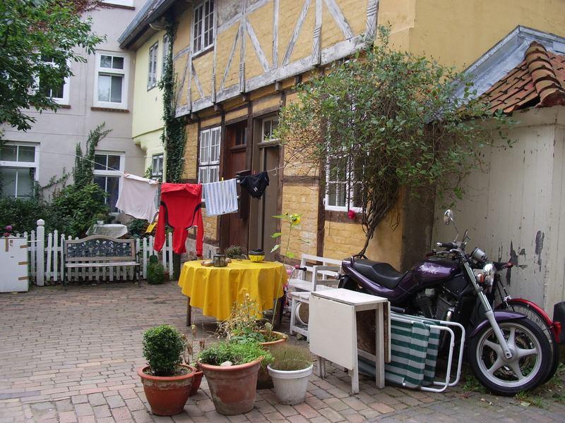 In einem Lübecker Hinterhof