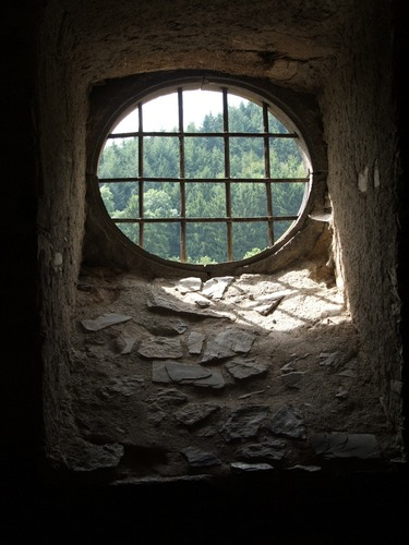 In einer Burg in der Eifel....
