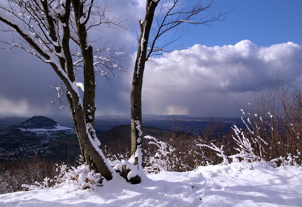 In höheren Lagen Schneefall