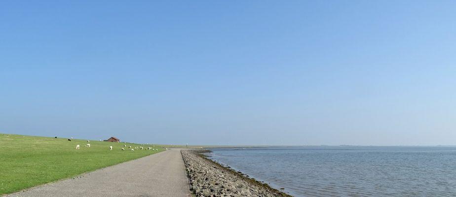 in Lüttmoorsiel an der Nordsee...