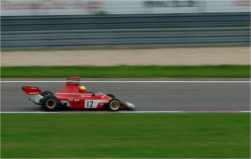 In Memoriam Clay Regazzoni