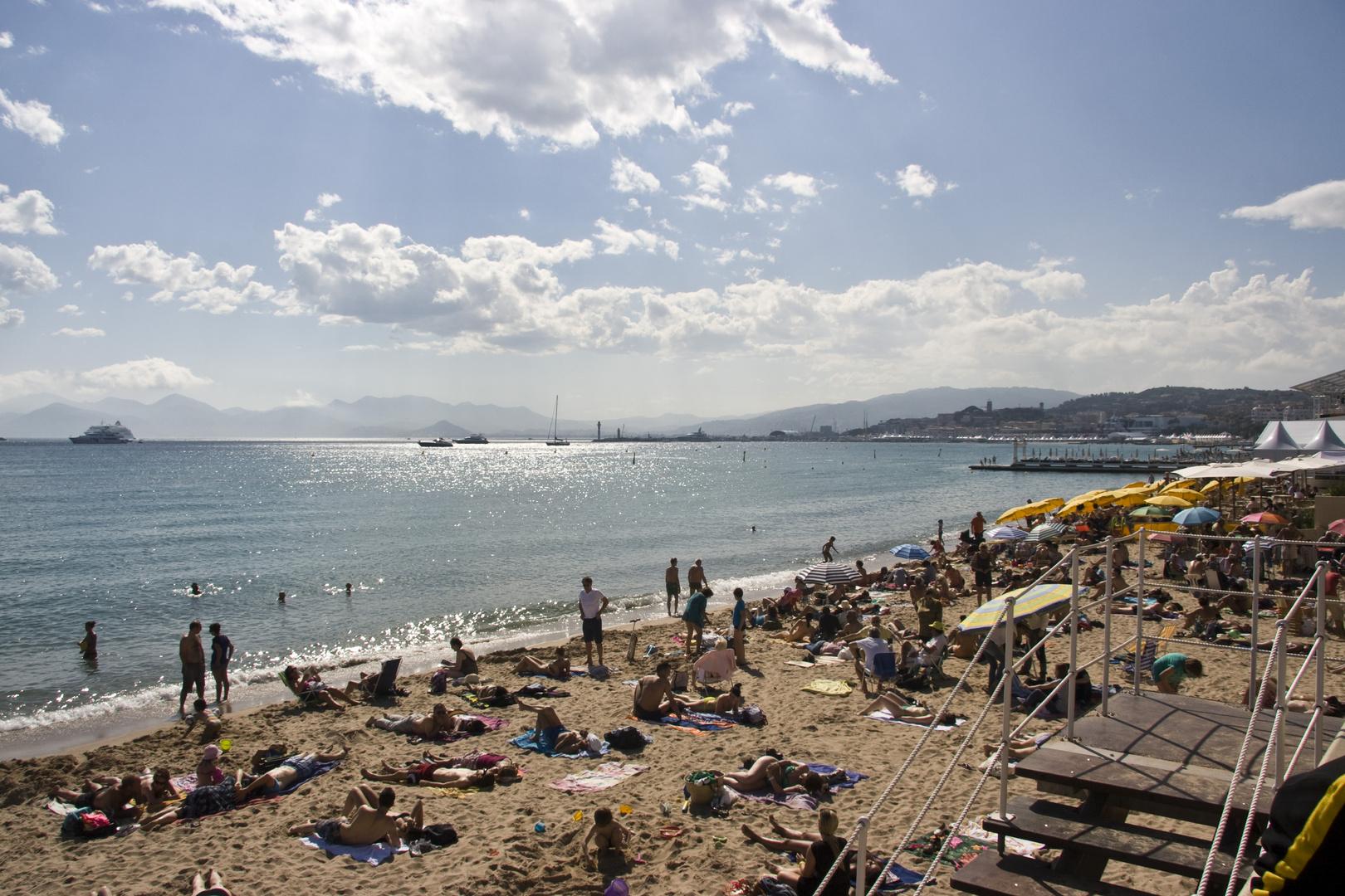 ...in Nizza will mein Liebster mit mir baden gehn, das wär so wunderschön...