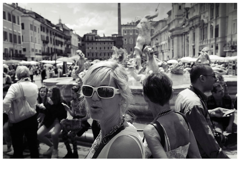 - in Rom ist man nie allein - V