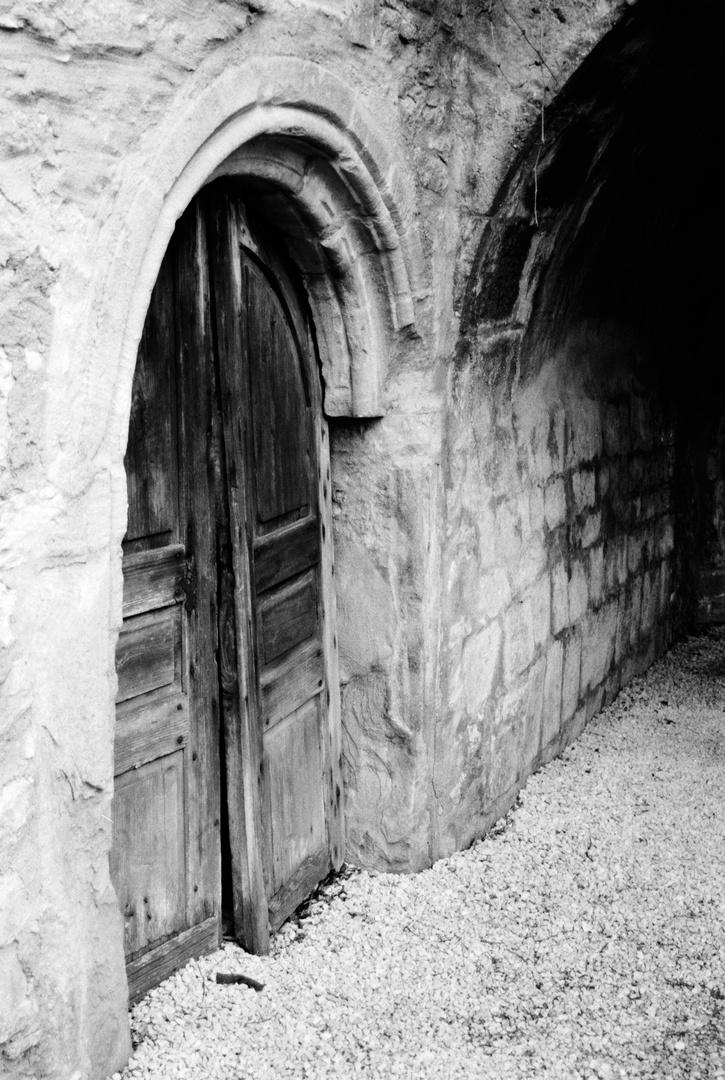 in Ruinen