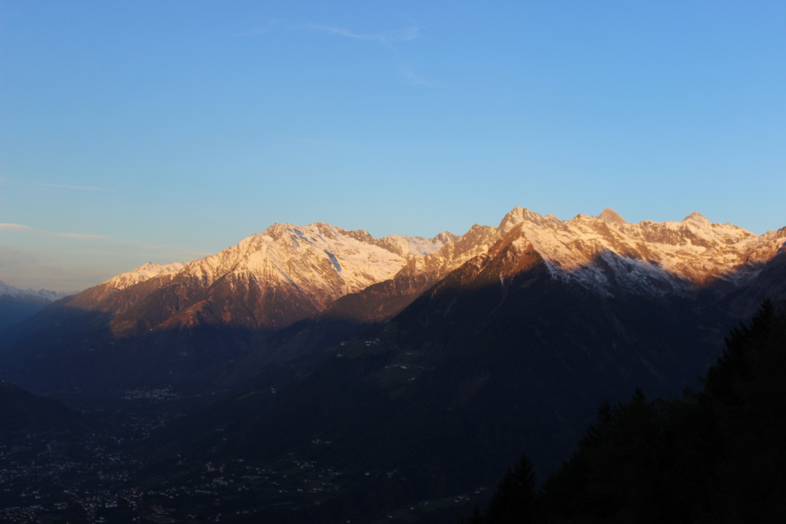 In Südtirol - Morgendlicher Blick auf die Berge