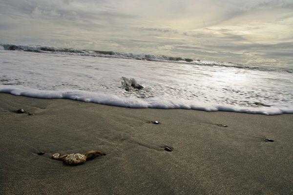 incoming sea
