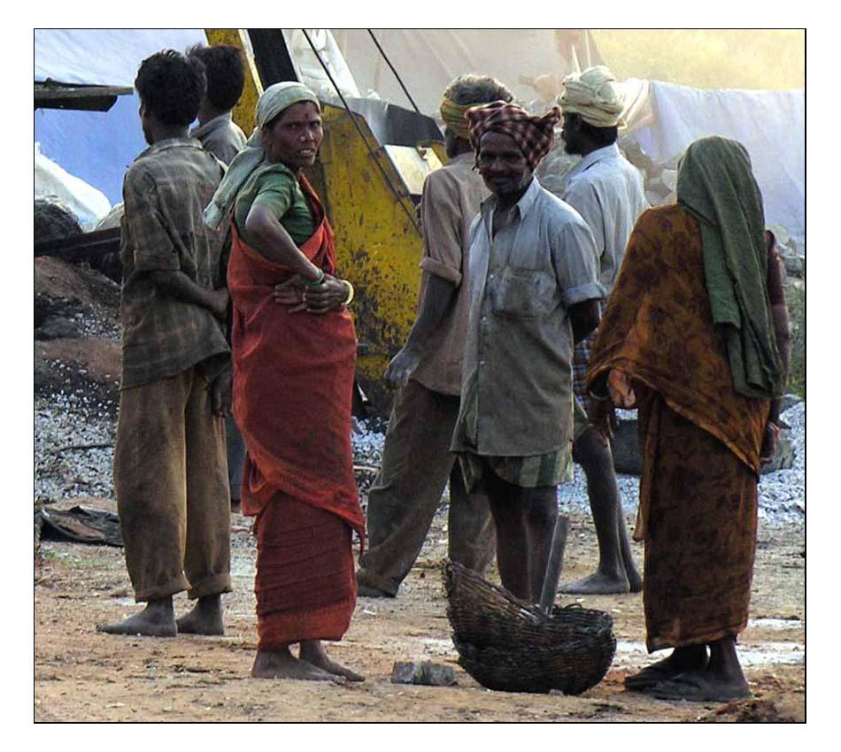 Indische Bauarbeiter in Bangalore
