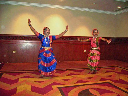 indische Tänzerinen