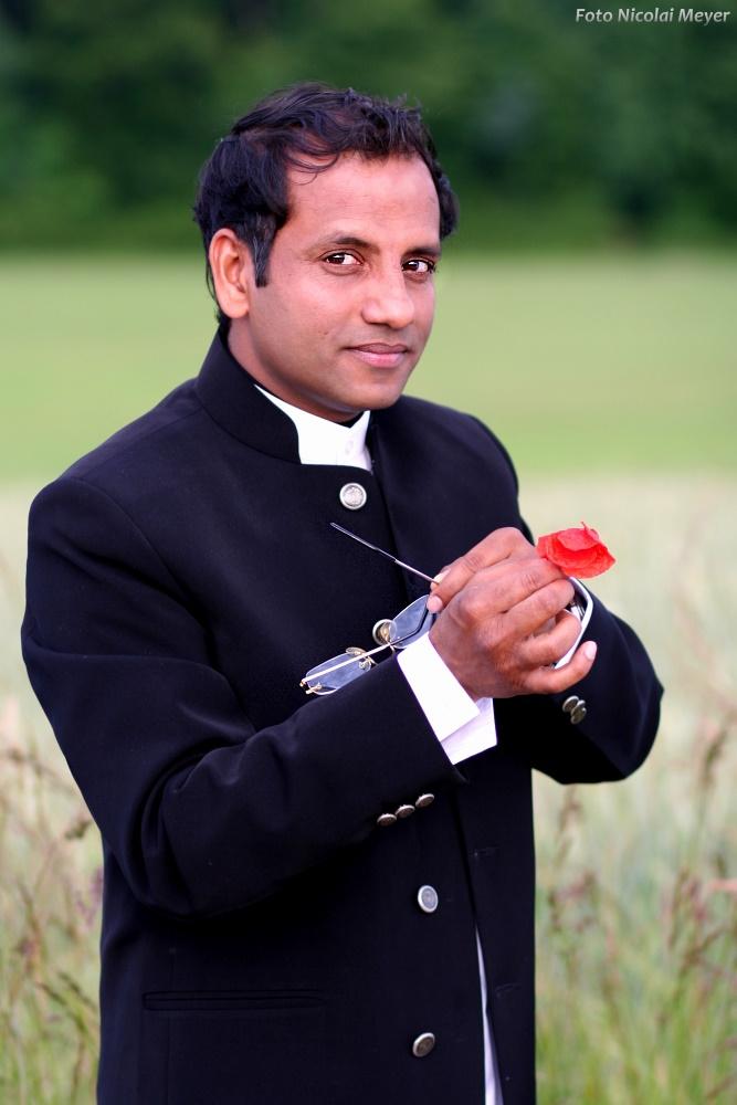 Indischer Schauspieler in Deutschland:-Prashant Prabhakar