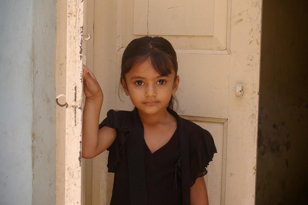 indisches m dchen foto bild kinder portraits menschen bilder auf fotocommunity. Black Bedroom Furniture Sets. Home Design Ideas