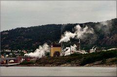 Industria al fiordo di Oslo.