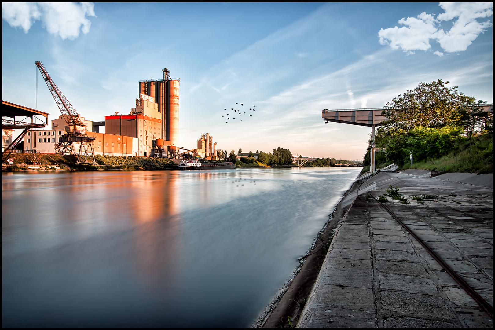 Industrielle Idylle am Neckar Pt.2