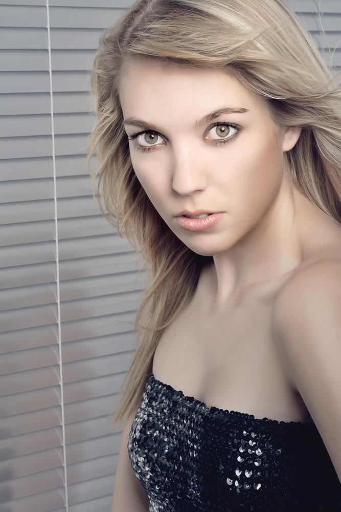 Ines(2)