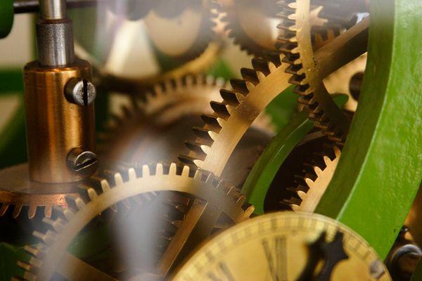 Ingranaggi di antico orologio