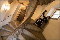 Ingrid und die gotische Treppe