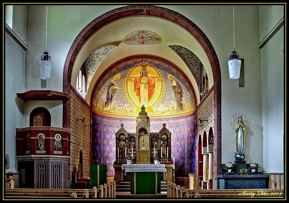Innenansicht der Kirche Sacro Cuore Samedan/St Moritz (CH)