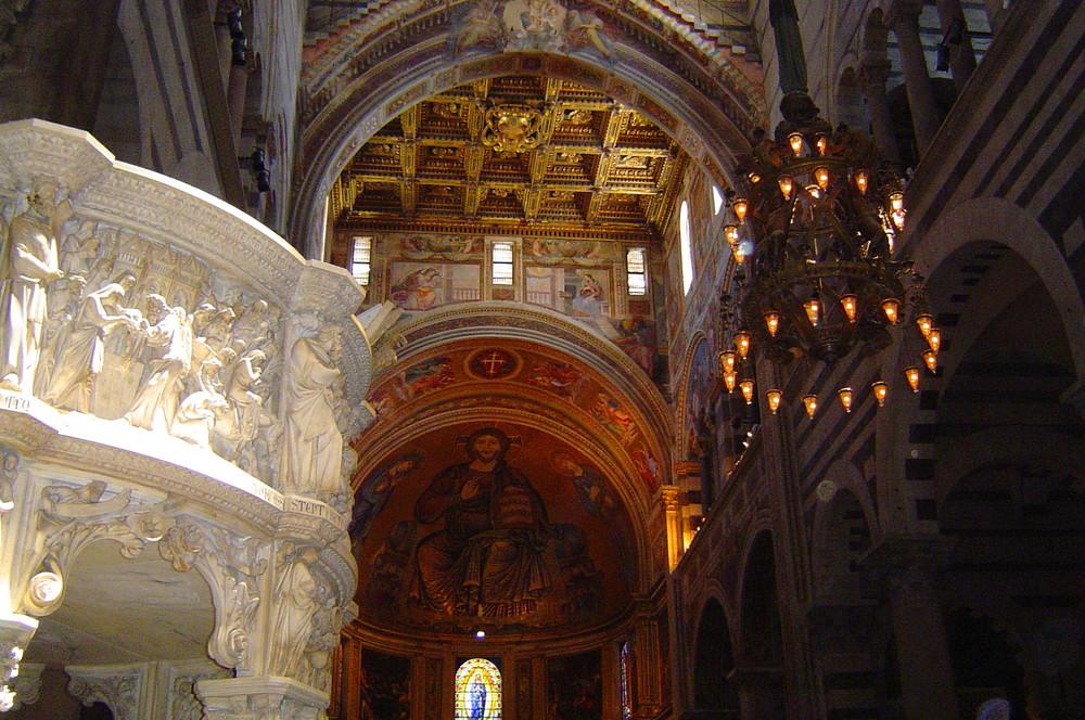 Innenansicht vom Dom In Pisa