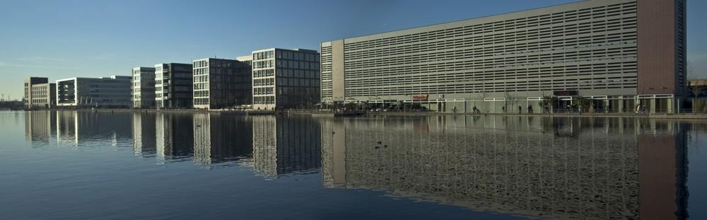 Innenhafen bei Tag