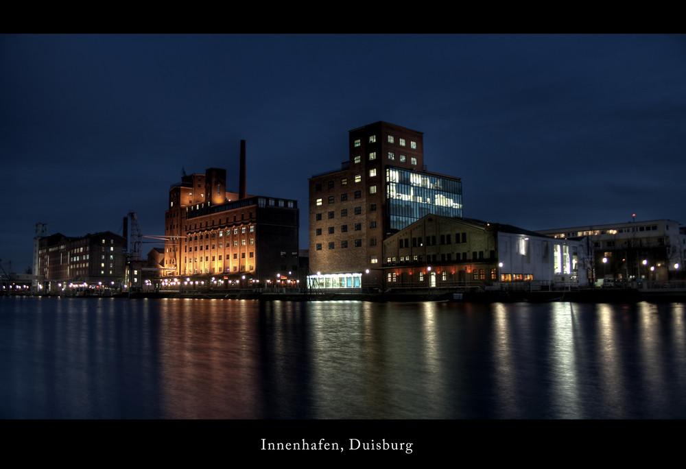 Innenhafen Duisburg bei Nacht (HDR)