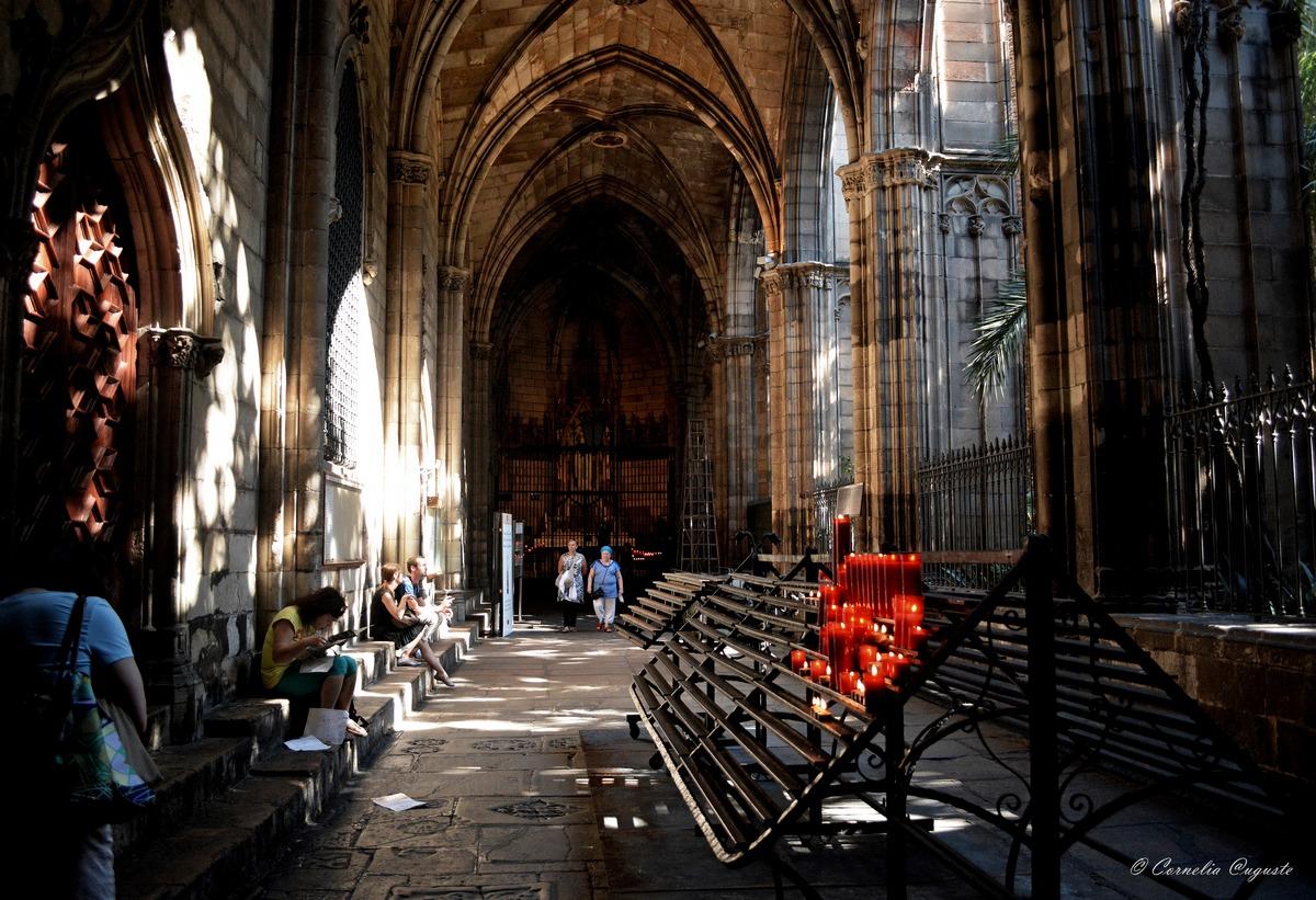 Innenhof der Kathedrale...