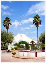 Innenhof von San Xavier del Bac - Arizona, USA