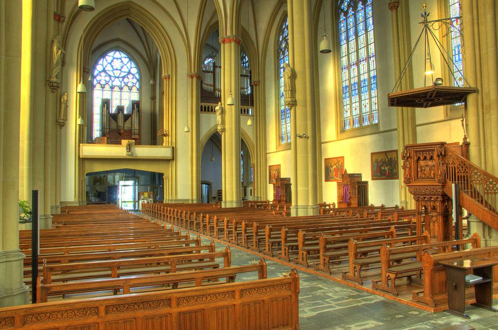 Innenraum der Nikomedeskirche in Steinfurt