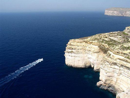 Insel Gozo - bei Xlendi - Klippen von Bajjada