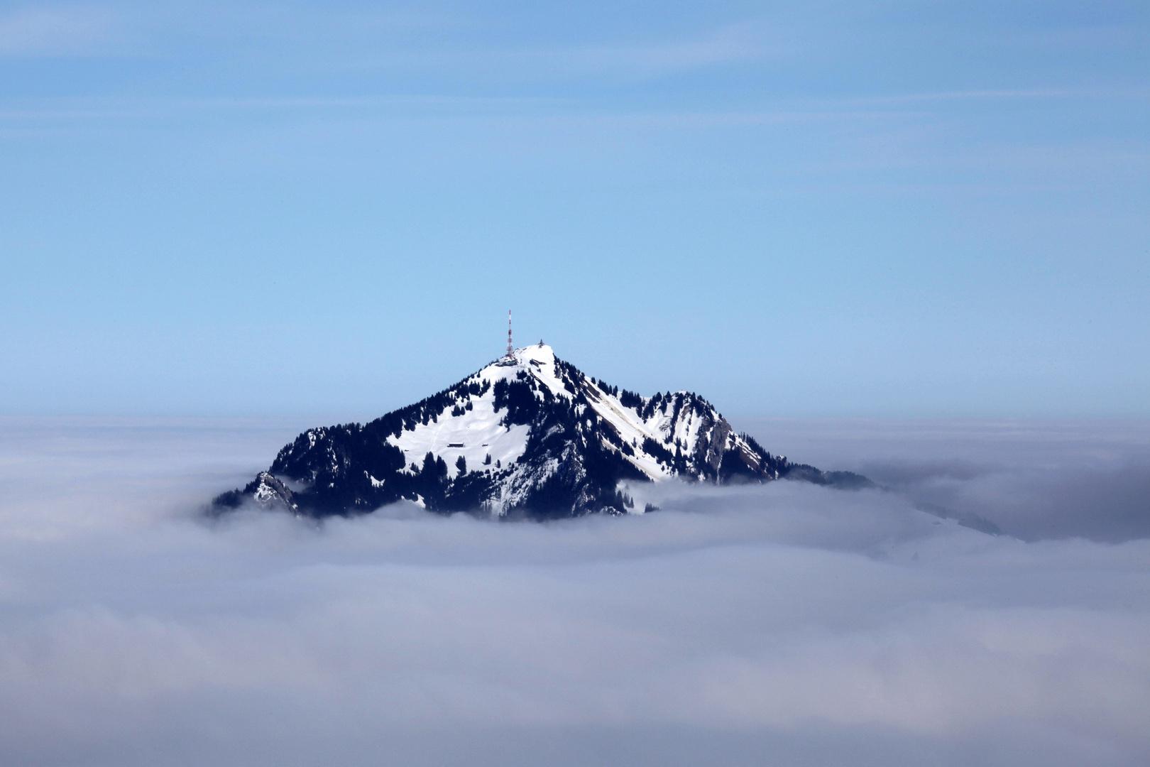 Insel in den Wolken