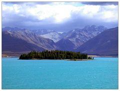 Insel Motuariki im Lake Tekapo