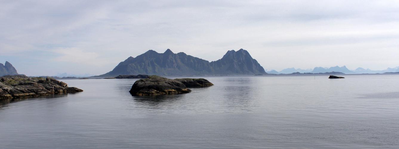 Insel und Felsen