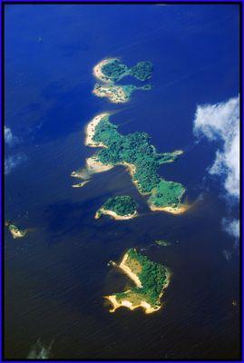 Inseln im Guri Stausee ...