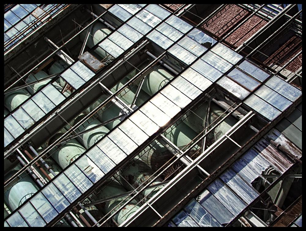 - - Inside the glasshouse IV - -