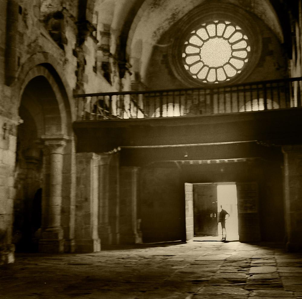 Interior de la iglesia románica de Castroverde.Año-1,964